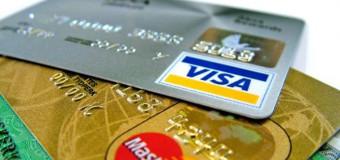 Różnice między kartą kredytową a kartą debetową